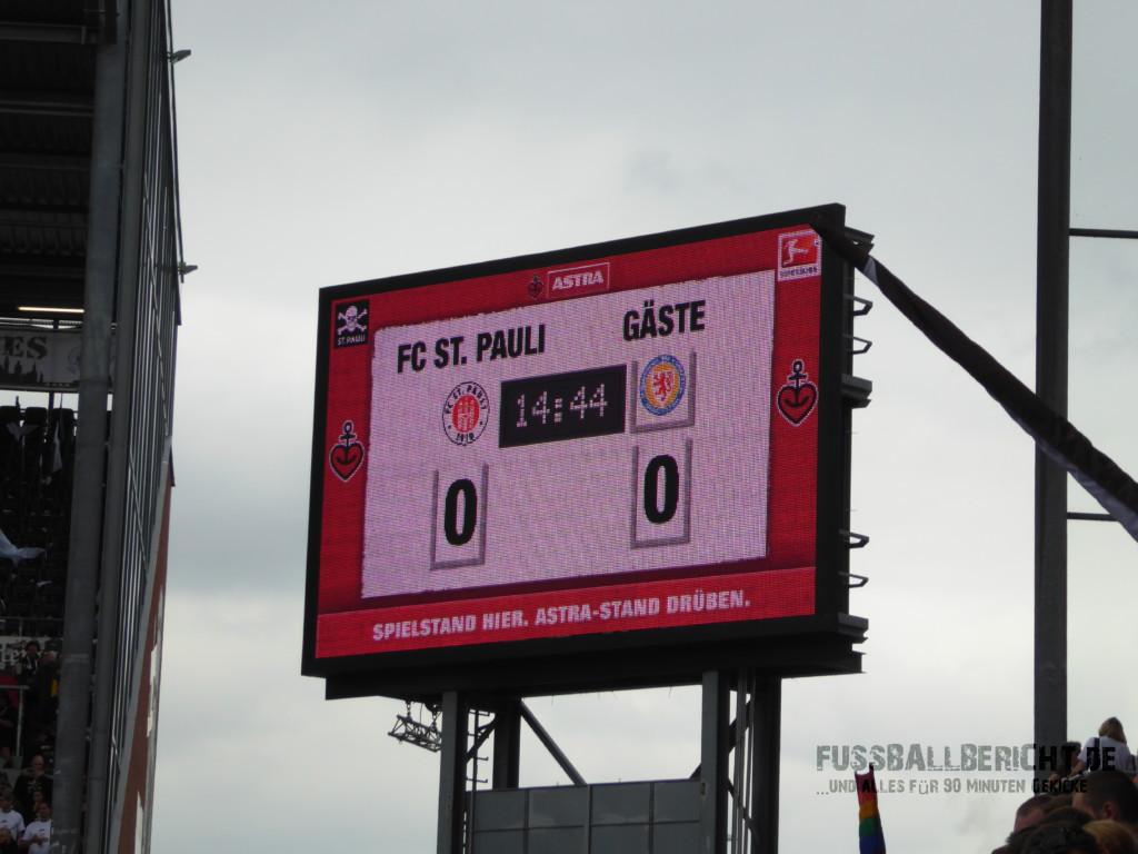FC St. Pauli – Eintracht Braunschweig 0:2, Sa. 13.08.16